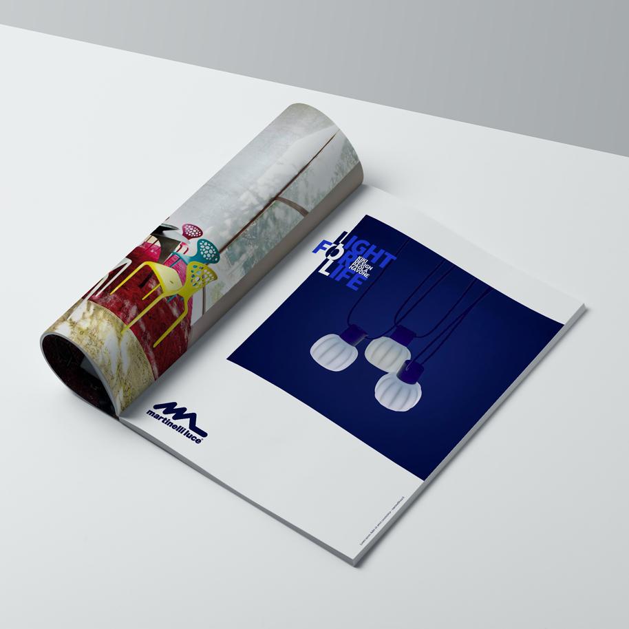 a4_magazine_mockup_Kiki_bn